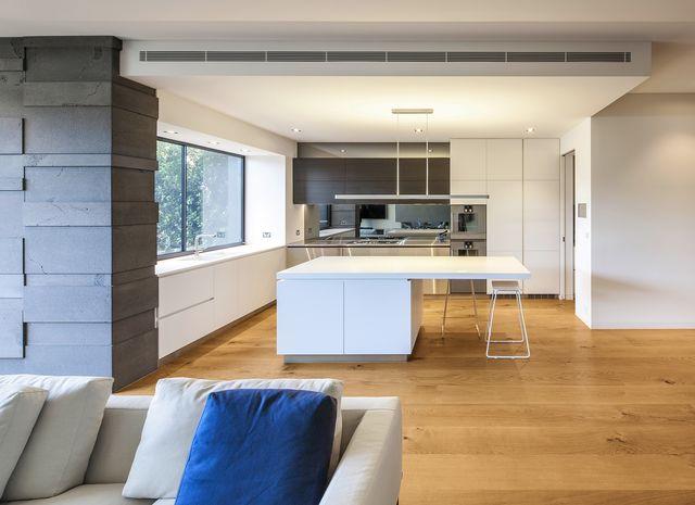 eiche country geb rstet natur ge lt. Black Bedroom Furniture Sets. Home Design Ideas
