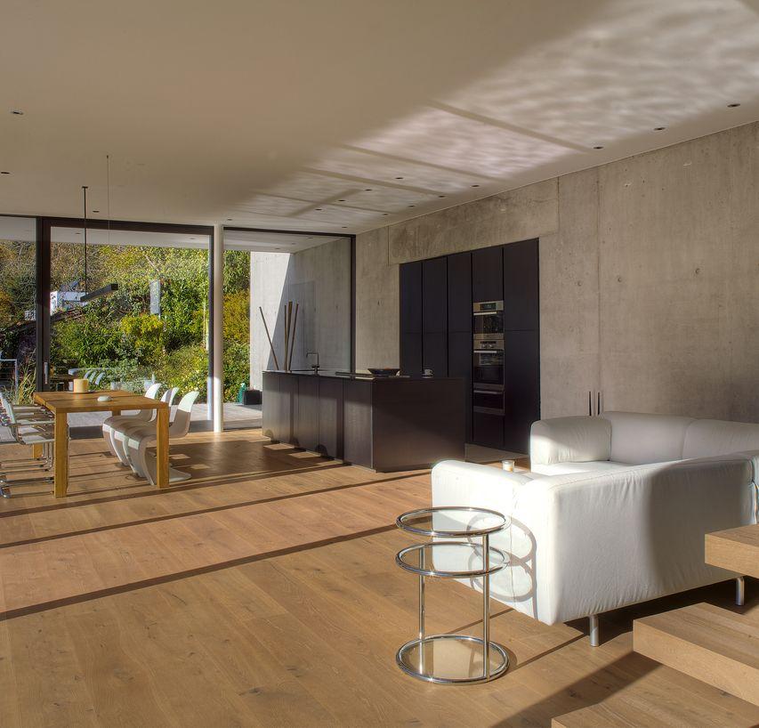 eiche country geb rstet und wei ge lt. Black Bedroom Furniture Sets. Home Design Ideas