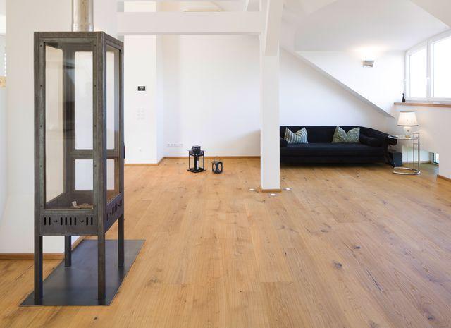 parkett naturholzboden im wohnzimmer mafi. Black Bedroom Furniture Sets. Home Design Ideas